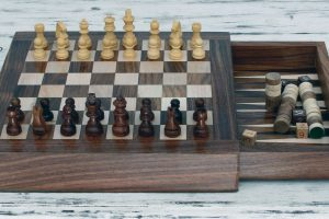 Review: NOVICA Hand Carved Combination Chess Backgammon Set