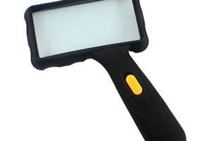 Review: Qooltek 2 LED Rectangular Magnifier