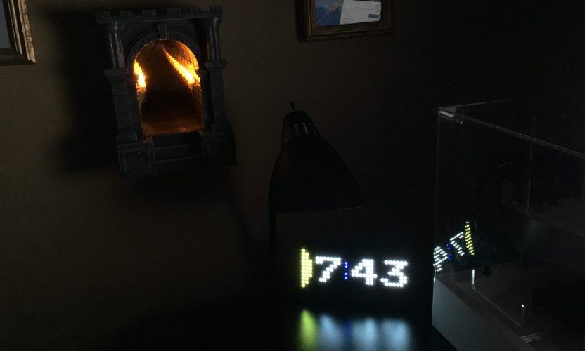 Review: Pac-Man Premium LED Desk Clock and Infinite Dungeon Corridor