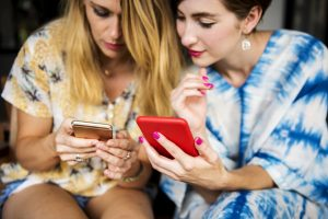 8 Fun-filled Apps To Play When You Are Bored With Friends