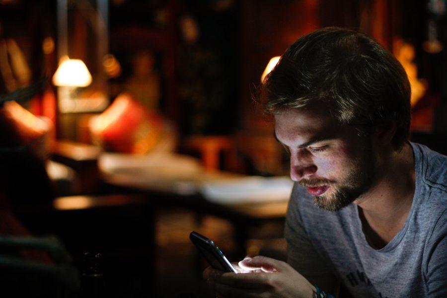 Why Is Mobile Gambling Better Than Desktop Gambling?
