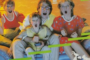 Editorial: I react to KIDS REACT TO ATARI 2600 VIDEO GAMES (E.T. and Asteroids)!
